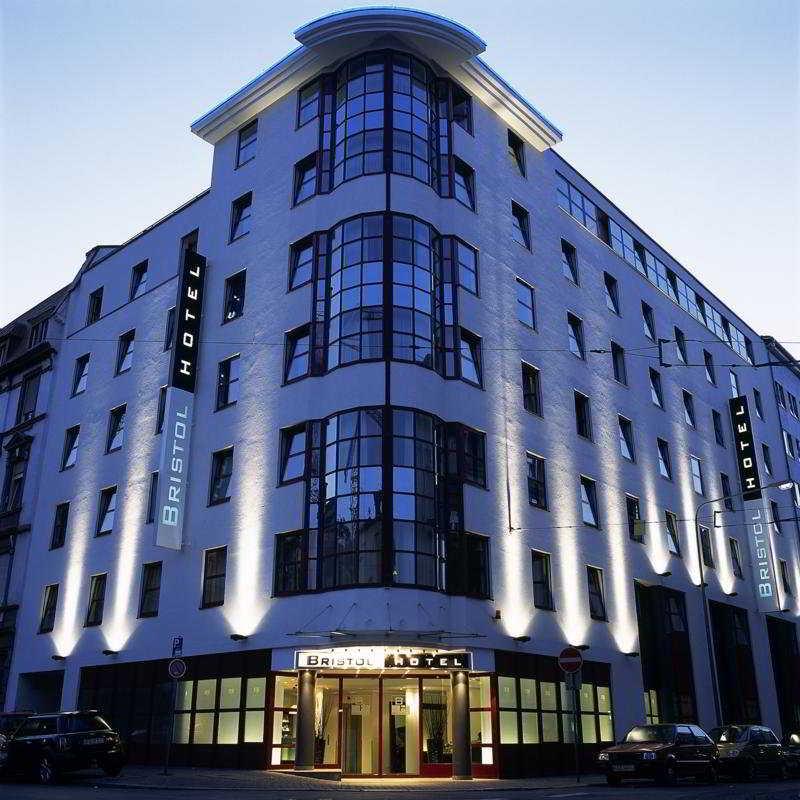 Bristol Hotel in Frankfurt, Germany