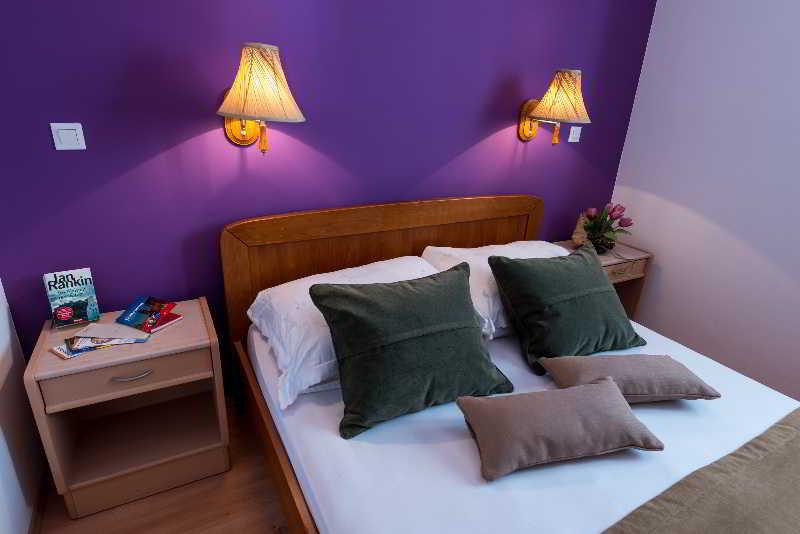 Apartments Lapad -
