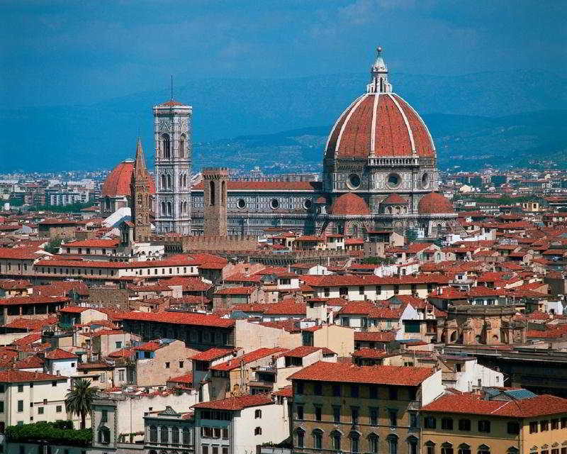 check rates at the Roulette Florence 3 hotel Firenze Italy