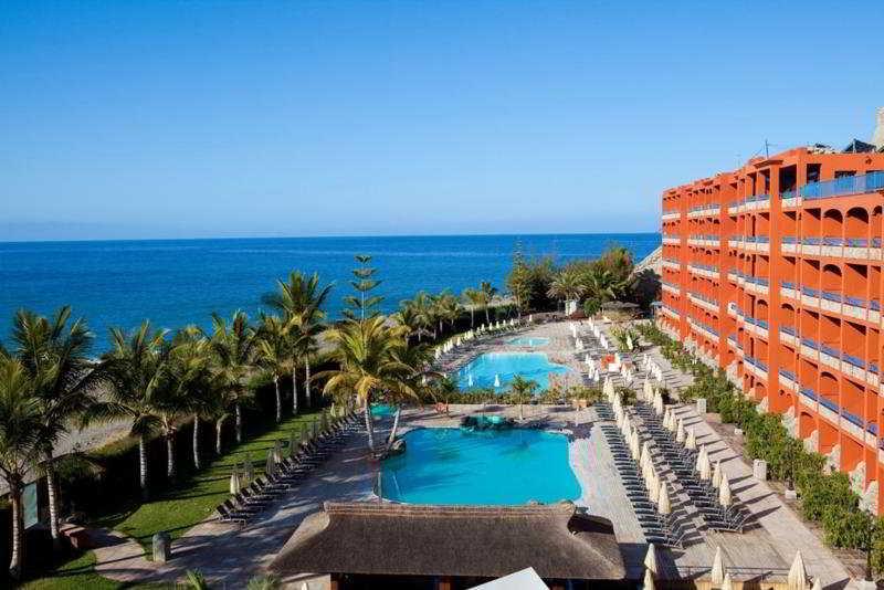 Apartamento marina beach apartamentos em mogan gran canaria rumbo - Apartamentos puerto rico las palmas ...