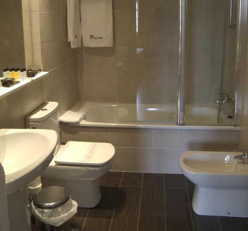 Apartamentos turisticos san pablo hotel en cija viajes - Apartamentos san pablo ecija ...