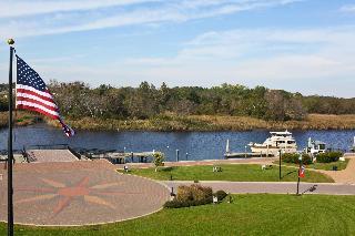 Hilton Garden Inn Suffolk Riverfront   Lodgings In Suffolk Area