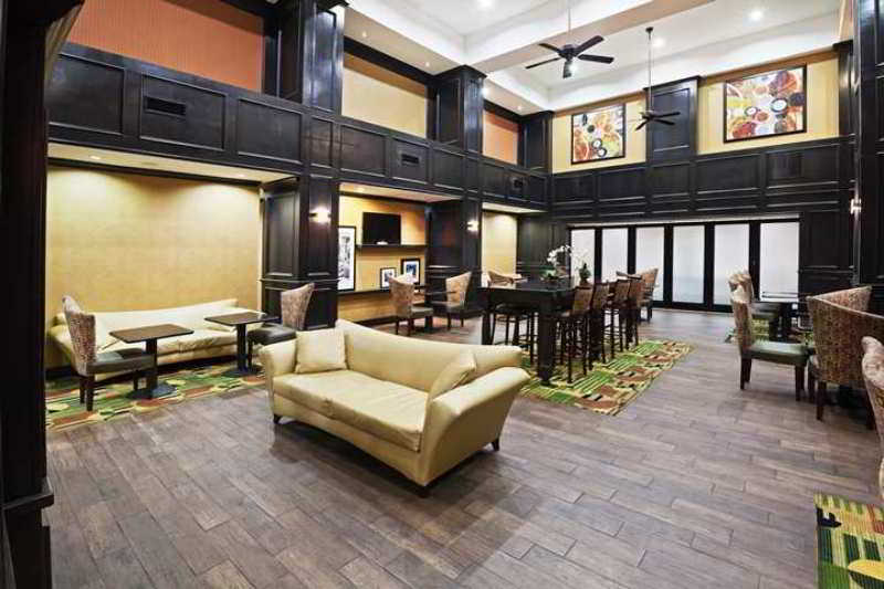 Hampton Inn & Suites Durant