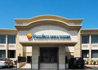 Comfort Inn & Suites Paramus Area