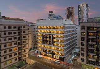 Savoy Crest Apartments