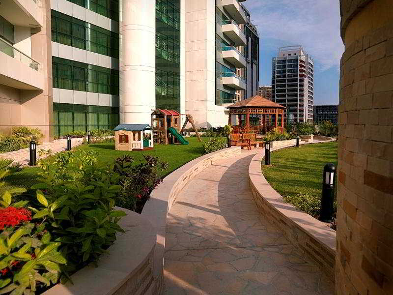 Layia Oak Hotel & Suites