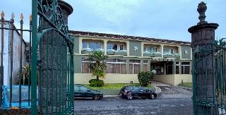 Dormir en Hotel Canadiano en Ponta Delgada