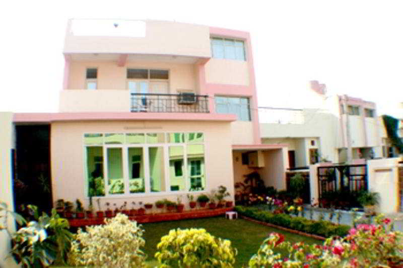 Garden Villa Homestay Agra, India Hotels & Resorts