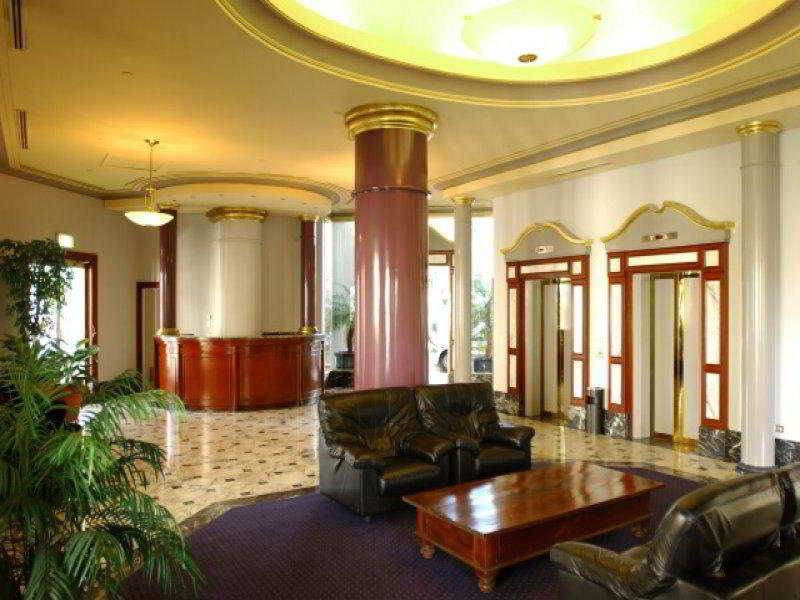 Lobby: Milson Executive Apartments