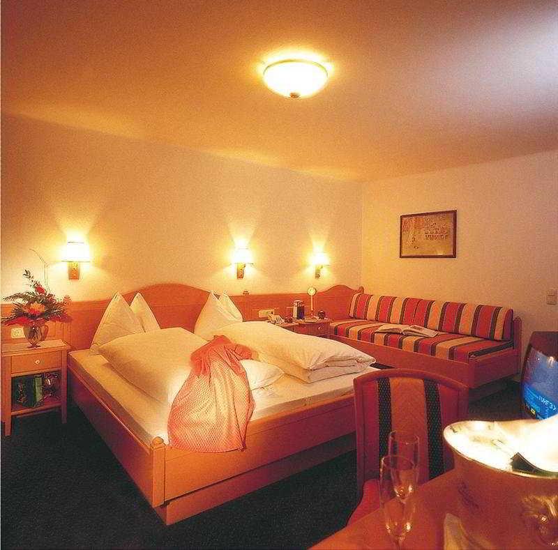 Www Hotel Der Abtenauer De