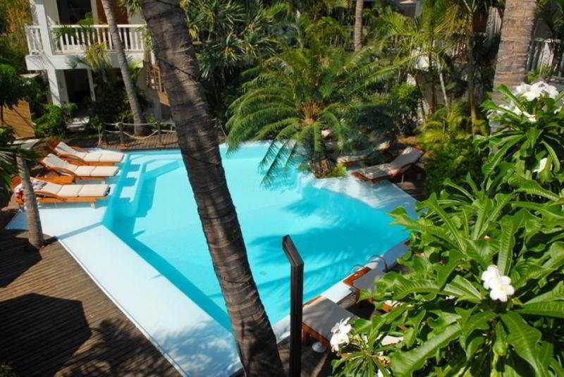 Pool (#8 of 12) - Swalibo Hotel Reunion