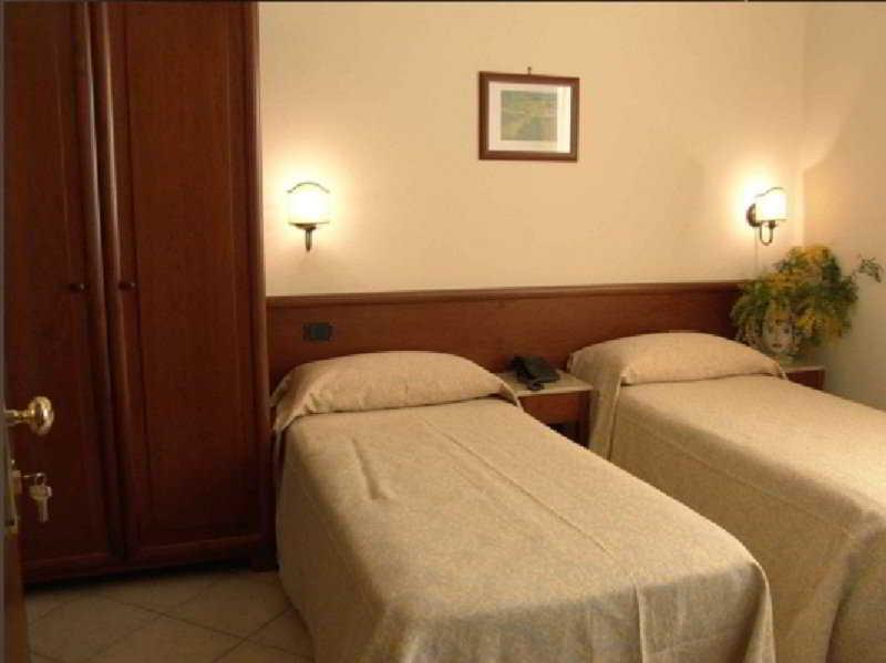 Hotel Gangi -