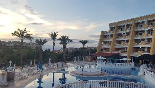 Playa Real Resort -