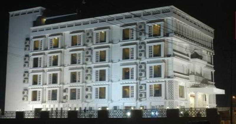 Viajes Ibiza - GenX Rajmahal Agra