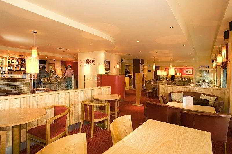 Premier Inn Belfast City Centre Alfred Street  Bar