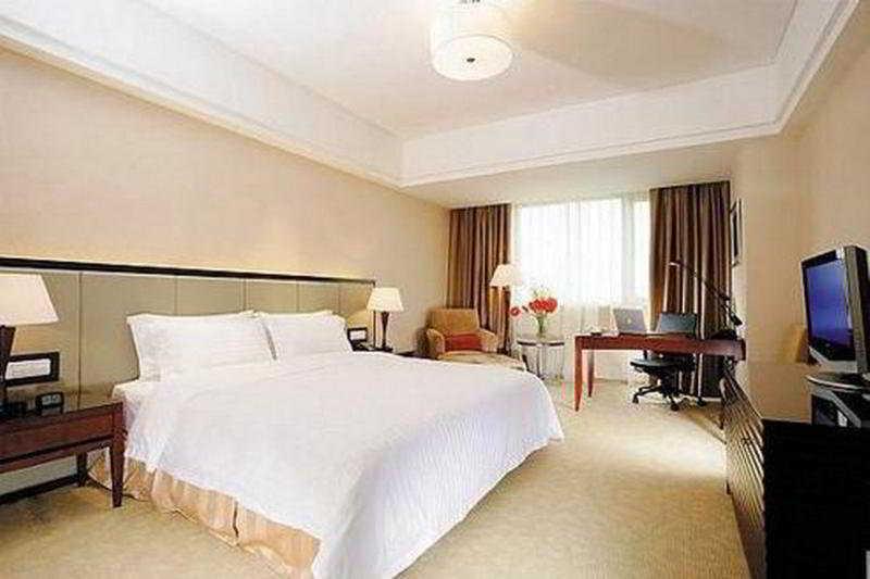 Hotel Crowne Plaza Changshu