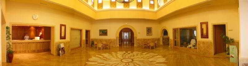 Lobby: Hotel Les Sirenes Thalasso And Spa