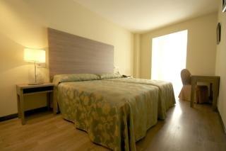 Room (#2 of 5) - Centro Los Braseros
