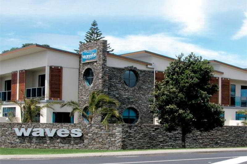 Waves Motel in Auckland, New Zealand