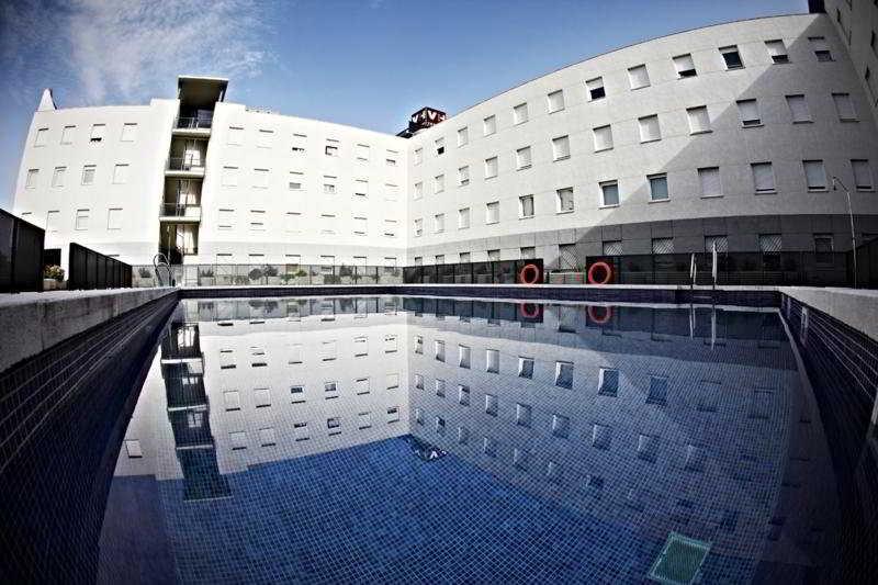 Vertice apartamentos Sevilla Aljarafe