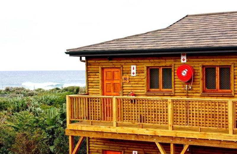 Life Phefumula Beach