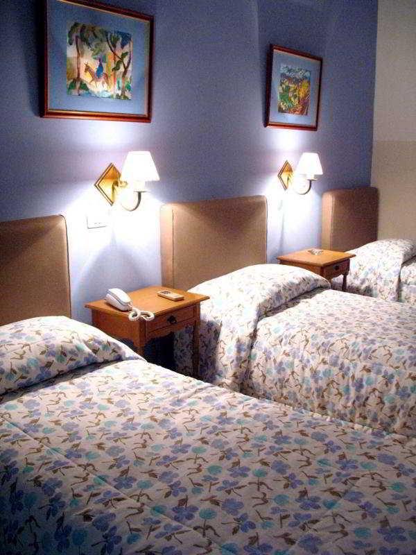 Room - Bristol Hotel