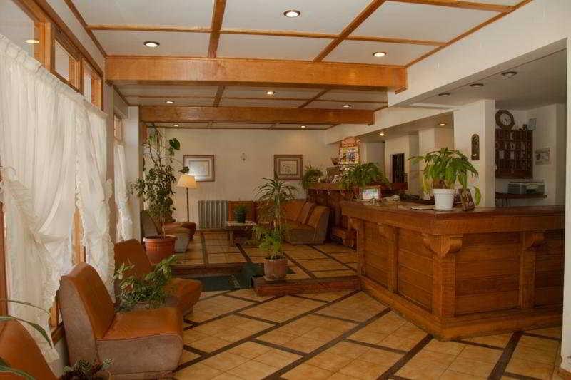 Hotel Tunqueley:  Lobby