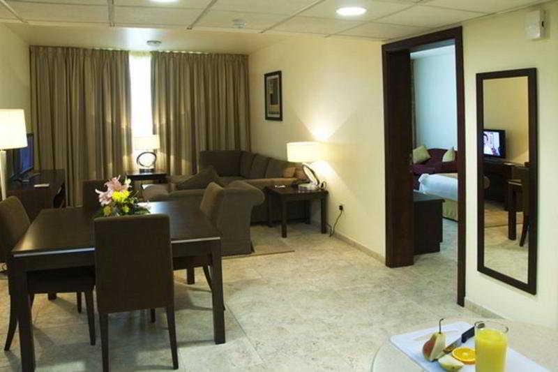 Avari Hotel Apartments Al Barsha