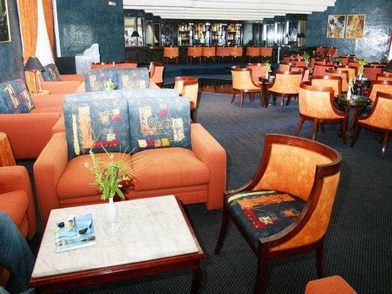 Hotel Bahia Beach:  Bar