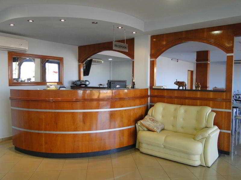 Sama Hotel:  Lobby
