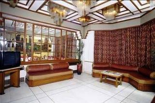 Hotel Garden Tg:  Lobby
