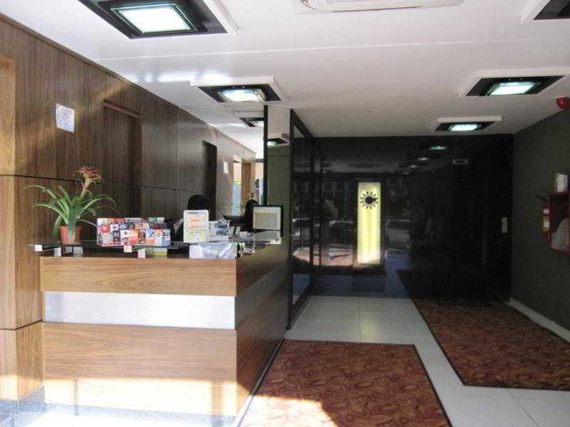 Centro Hotel:  Lobby
