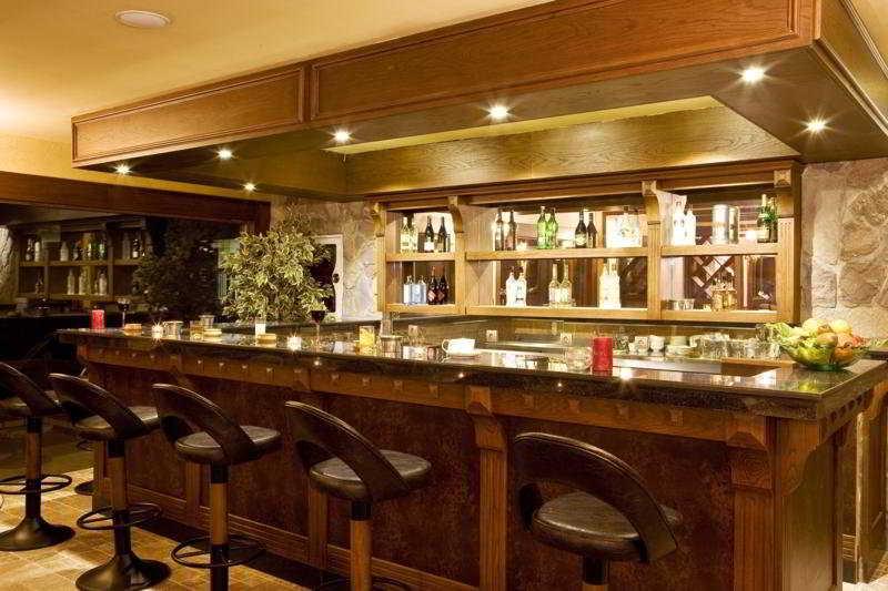 Padok Premium Hotel and Stables -