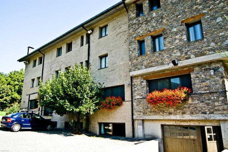 L'orri Del Pallars Montardit De Baix, Spain Hotels & Resorts