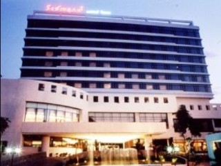 拉查普魯克大酒店