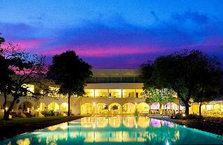 西納蒙特林克布魯酒店