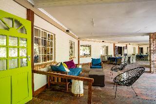 Hotel Damara Mopane Lodge
