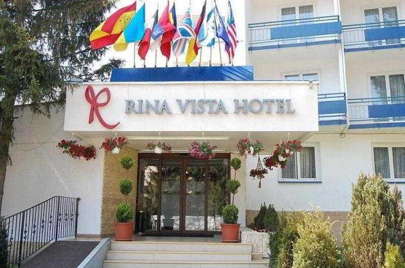 Rina Vista