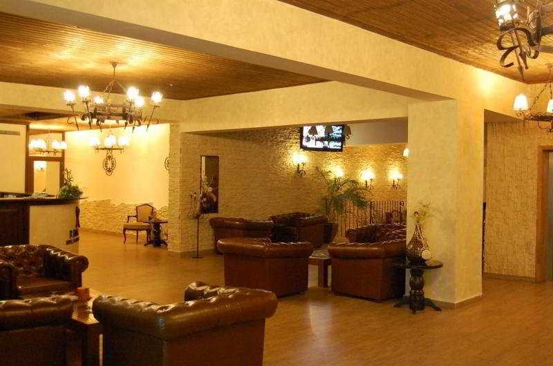 Rina Vista Hotel Brasov:  Lobby
