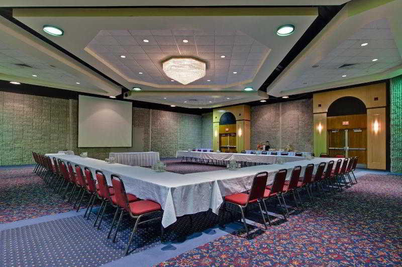 Holiday Inn Jonquiere Convention Center:  General