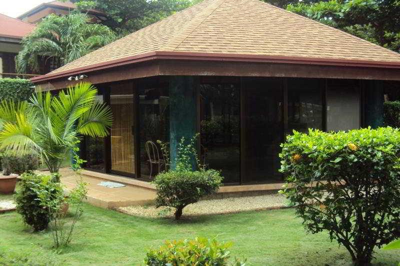 General - Villa Acacia