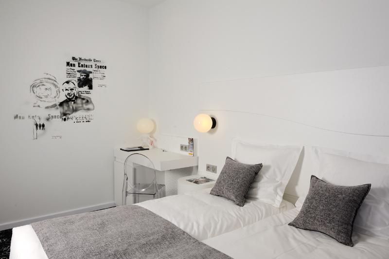 Comfort Hotel Centre Del Mon