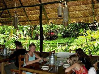 Esquinas Rain Forest Lodge