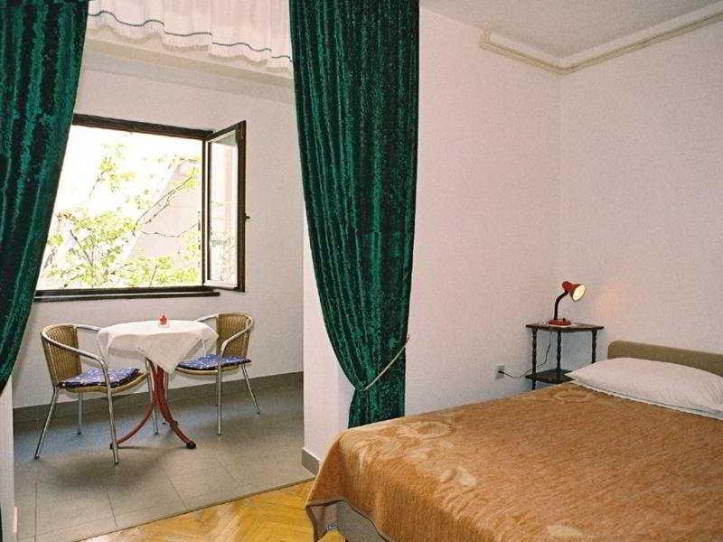 Room - Hotel Apartmani Katana