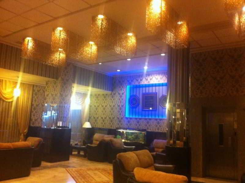 Hotel Capital -
