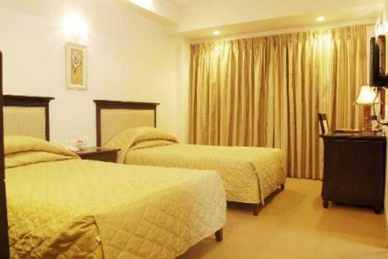 Room - Hotel Mandakini Ambience Model Colony