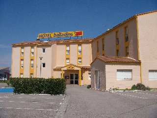 Viajes Ibiza - Balladins Arles
