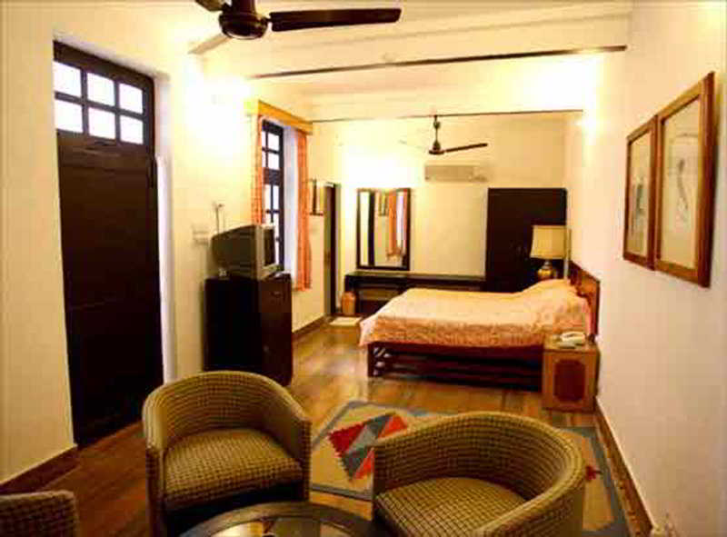 Room - Hotel Sunbird
