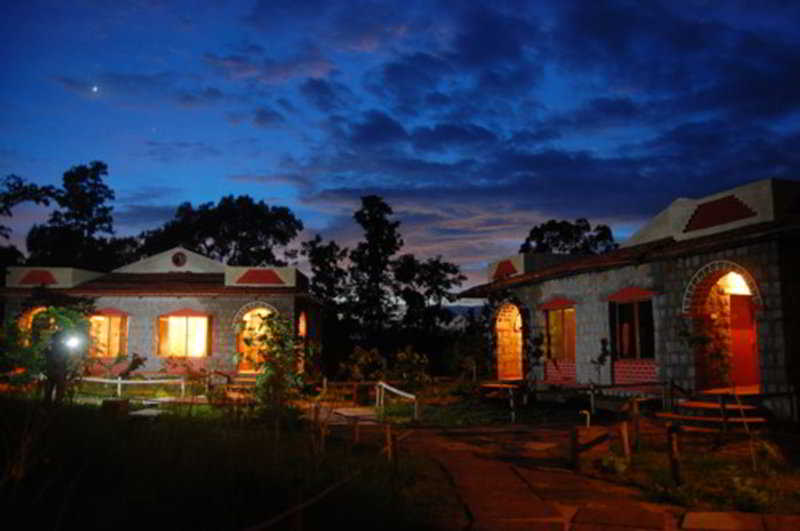 Mogli Resort Kanha National Park, India Hotels & Resorts
