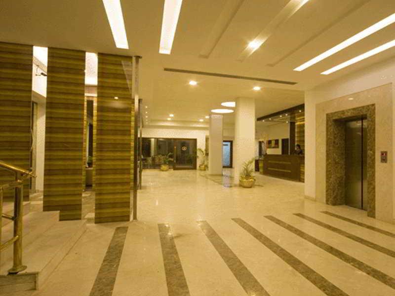 Lobby (#2 of 7) - Hotel Gwalior Regency - Tg